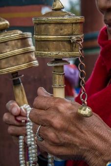 b-prayer-wheel
