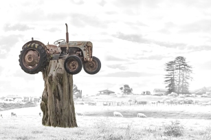 a-The_Tractor