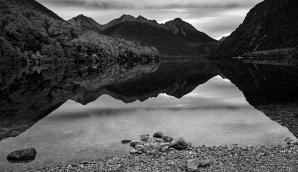 a-Lake_Gunn