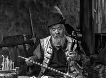 A-Old man musician