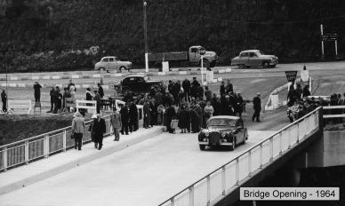 Img_020_Fergusson Bridge opening 1964