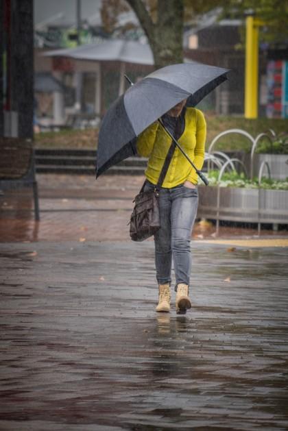 b-walking_in_the_rain