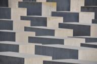 b-berlin-holocaust-memorial