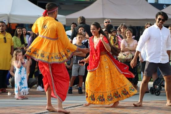 b-Dancing-In-The-Street.jpg