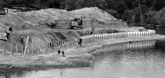 A-Lakeside-Construction-ZoneHonours